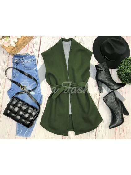 flaušová vesta zelená