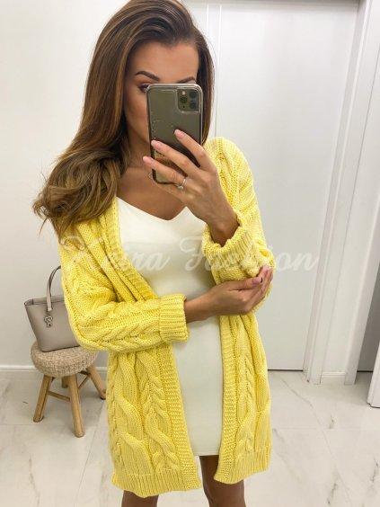 žltý kardigán