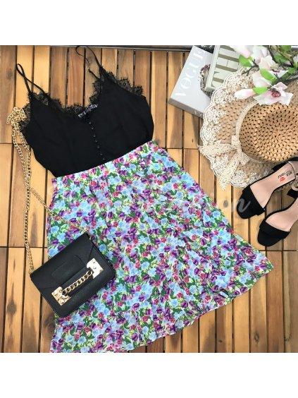 kvetovaná modrá sukňa