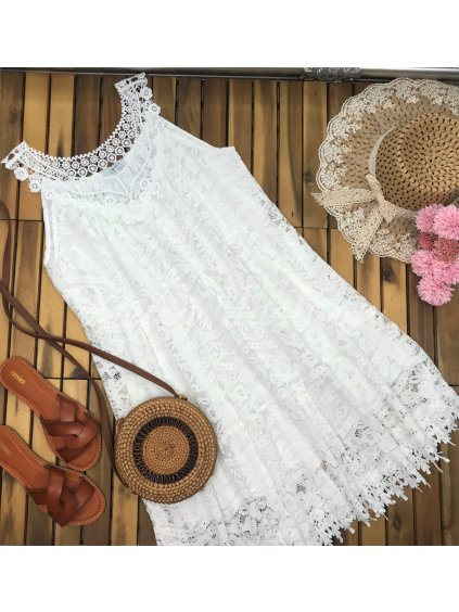 čipkované biele šaty