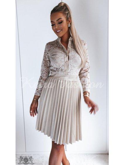 béžové čipkové šaty s plisovanou koženkovou sukňou