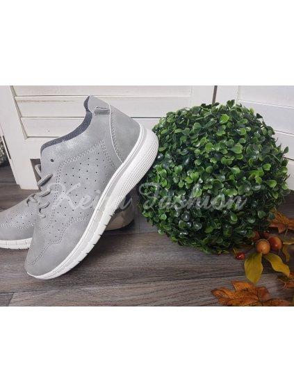 sivé topánky