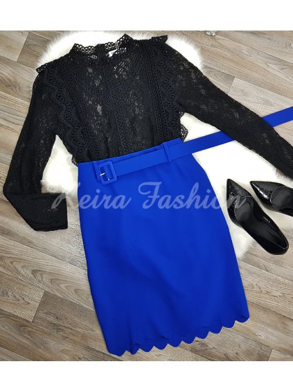 modrá sukňa  opaskom