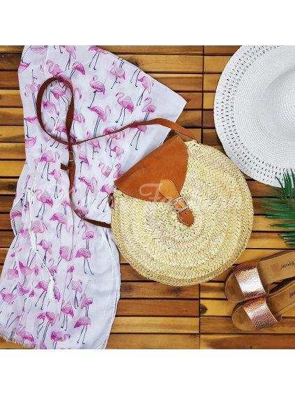 okruhlá slamena kabelka na leto
