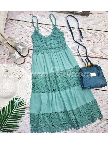tyrkysové šaty s čipkou