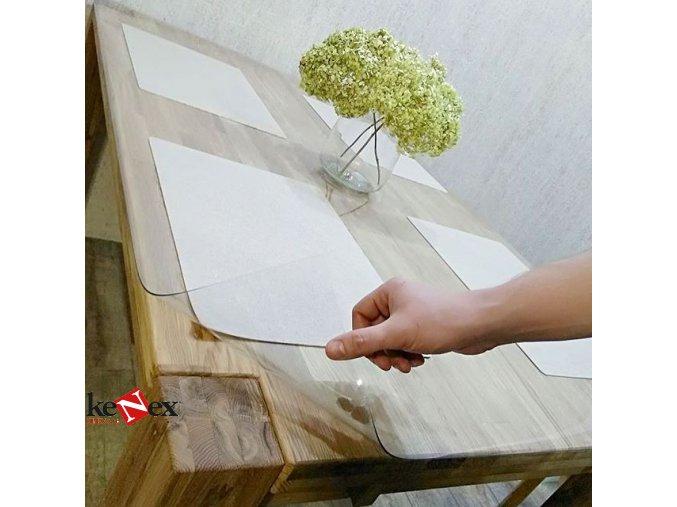ubrus na stul z mekkeho skla 70x140cm