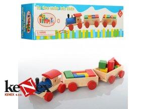 lg dreveny vlak a 2 vagony s kostkami