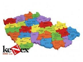 Dřevěné vkládací puzzle z masivu mapa ČR s čísly a písmeny 26 dílků