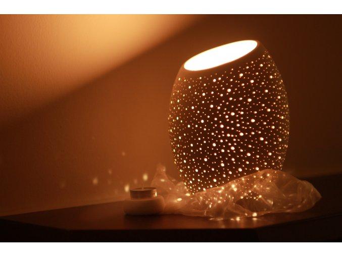 Keramický svícen vejce