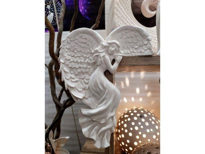 Anděl na roh