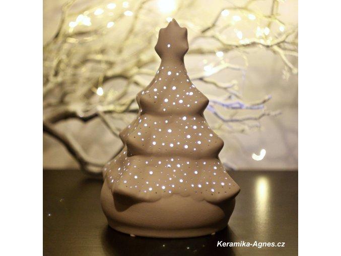 Keramický svícen děrovaný stromek bílý