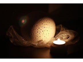 Keramický svícen děrovaný koule střední