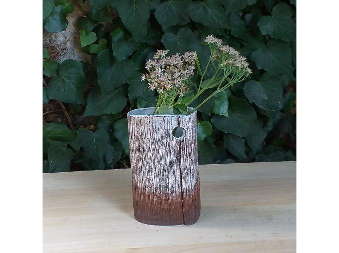 Malá oválná váza