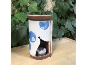 Aroma lampa s modrými skvrnami