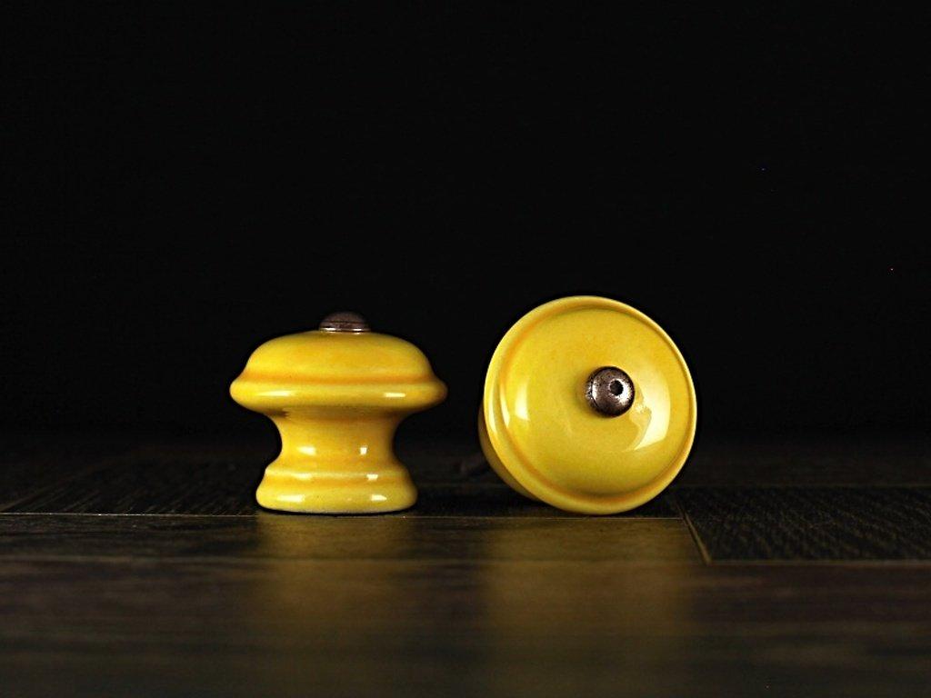 uchytky m 3 žluté