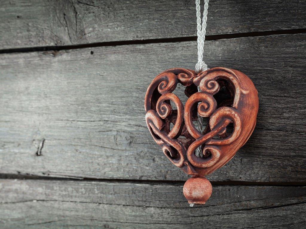 srdce patina železo