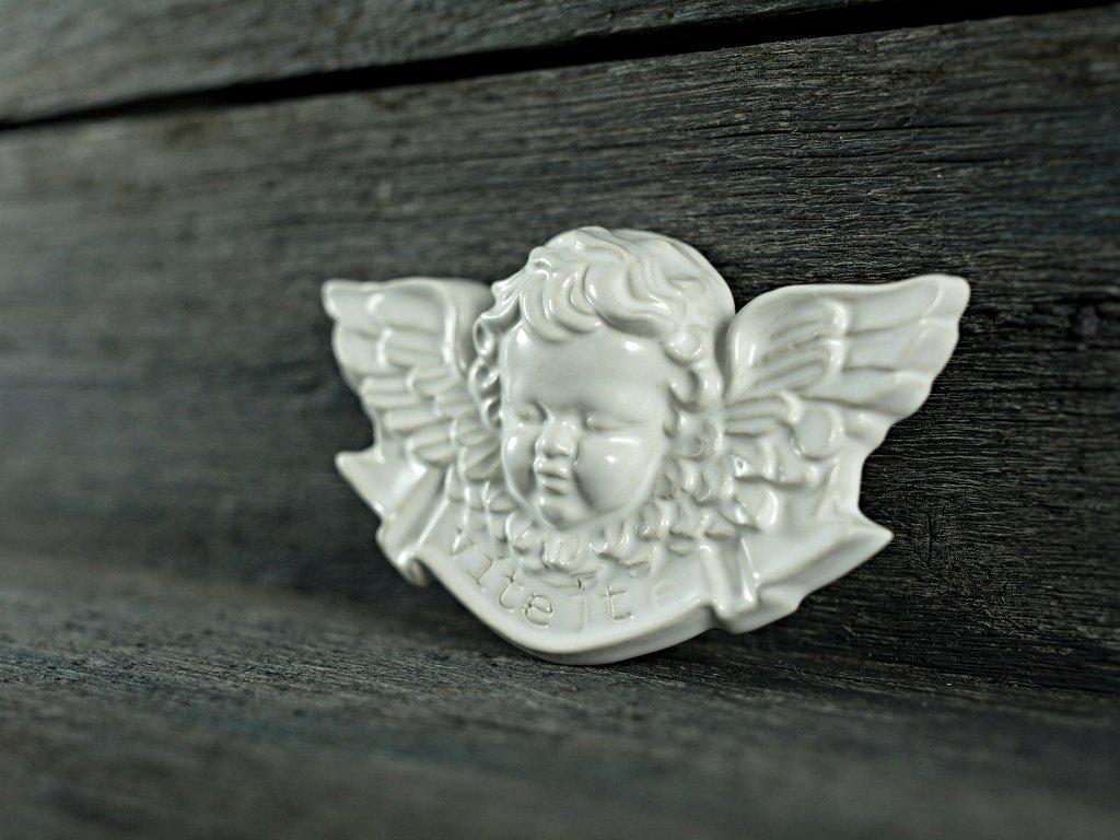 andílek vítejte bílý