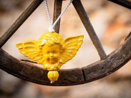 anděl žlutý