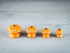 oranžové knopky1
