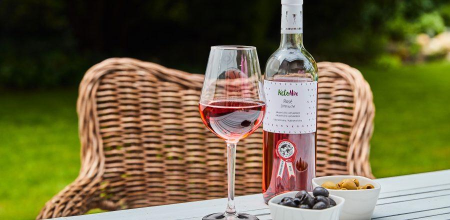 Jaké víno k večeři? Naučte se základy párování vín s jídly