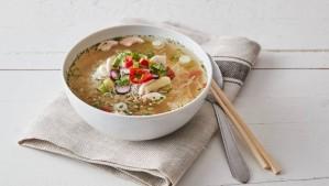 Ázsiai leves gyömbérrel és korianderrel