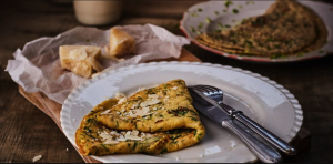 Omeleta so zeleninou a hubami