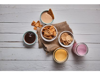 mockup krabice snack nachos (1)