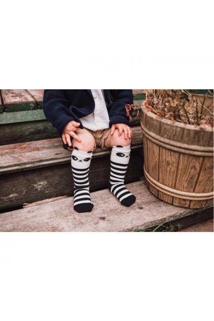 Mama's Feet Dětské podkolenky s pandou Crazy Animals Brave Panda černo-bílé