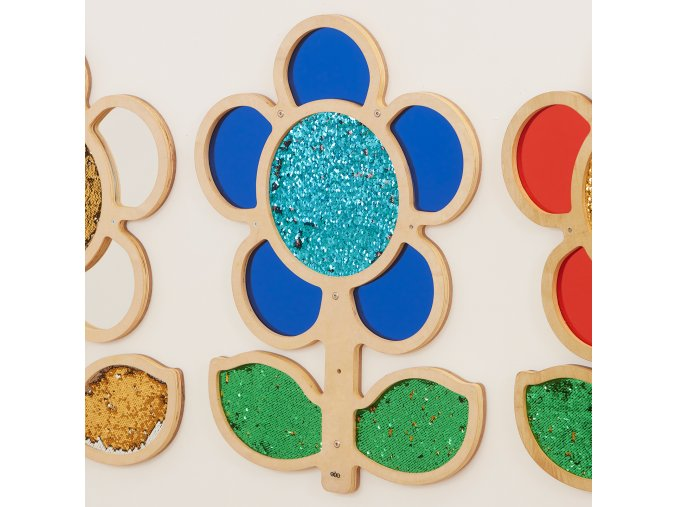 10589 mark making sequin and mirror daisy frame blue