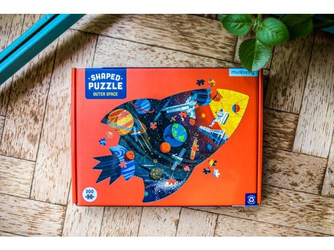 Tvarované puzzle - Vesmír (300 dílků) / Shaped Puzzle - Outer Space