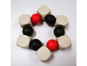 Černo-bílo-červené kuličky do ruky s bílou kostkou