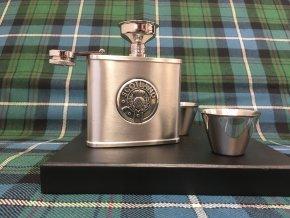 Dárková sada (lahvička a panáky) ‒ skotská