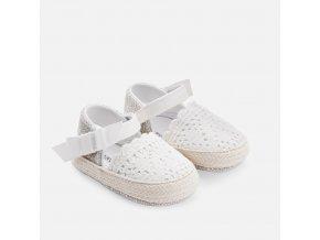 Espadrilky kojenecké s krajkou bílé NEWBORN Mayoral