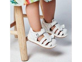 Sandálky páskové s mašličkou bílé BABY Mayoral