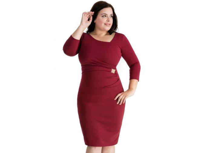 Společenské šaty pro plnoštíhlé Desirae vínově červené