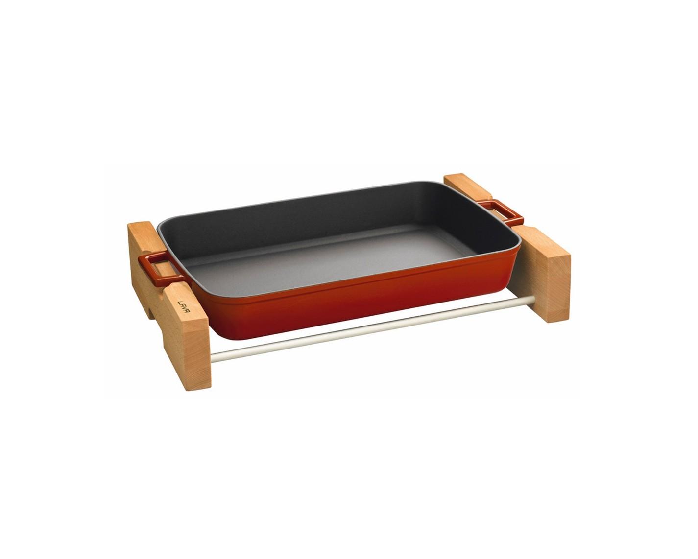 Pekáč obdélníkový litinový 22x30 cm s dřevěným podstavcem, LAVA