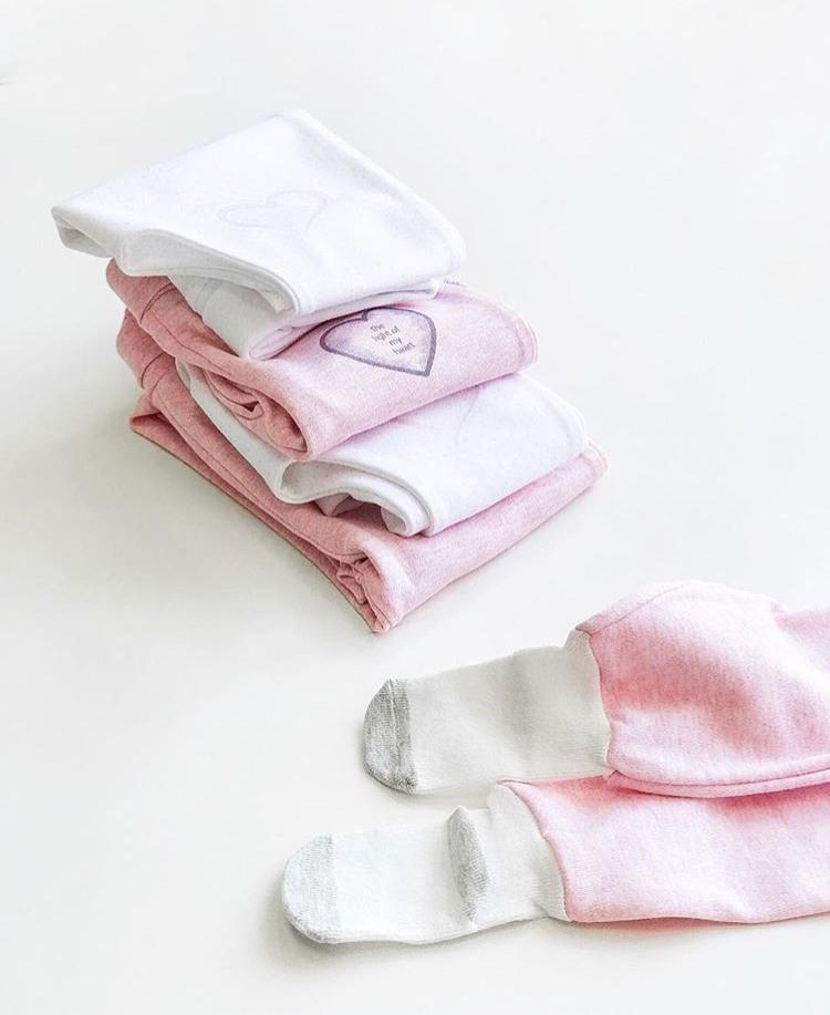 Polodupačky s ponožkami