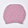 Čepička pletená s plastickým vzorem - káry_S60638