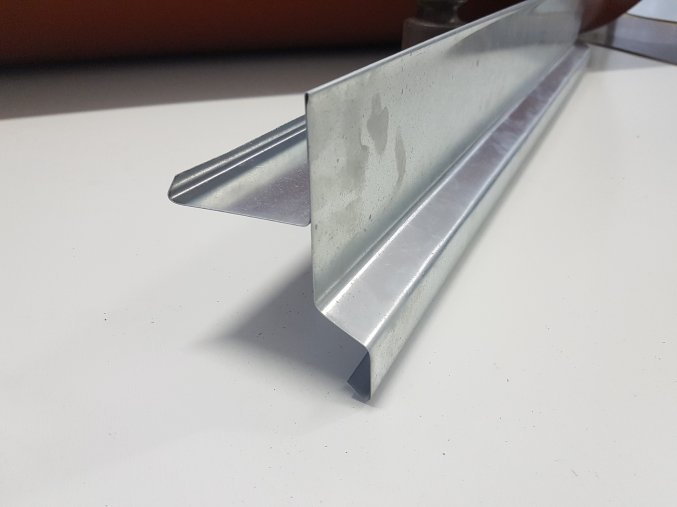 Závětrná lišta, pozink, r.š.250mm, délka 1 - 6 bm