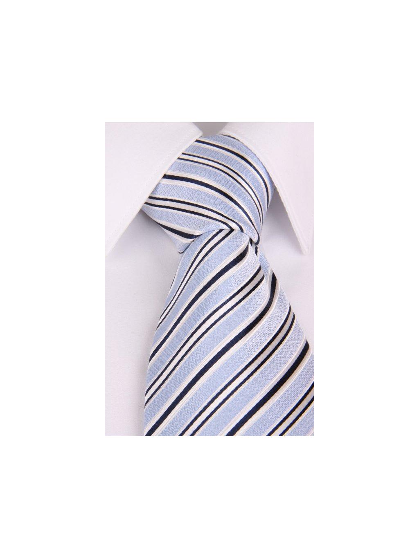 Světle modrá hedvábná kravata s pruhy