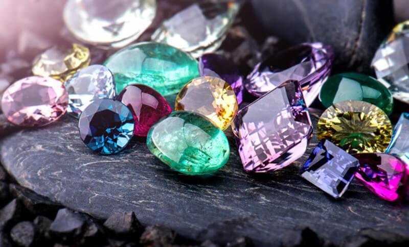 Mystický význam drahých kamenů