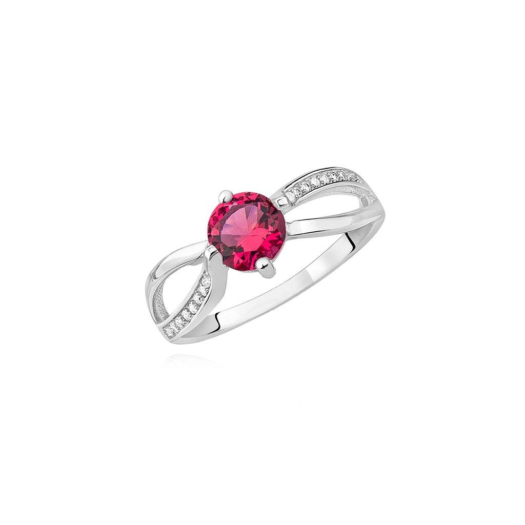stříbrný prsten s rubínovým zirkonem