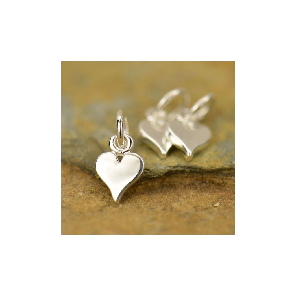 Stříbrný přívěsek malé srdce