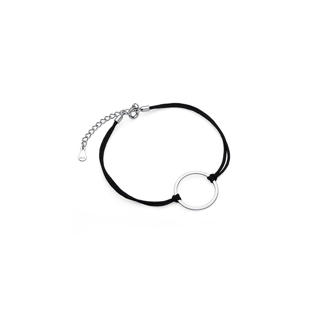 Náramek na černé šnůrce stříbrný kruh