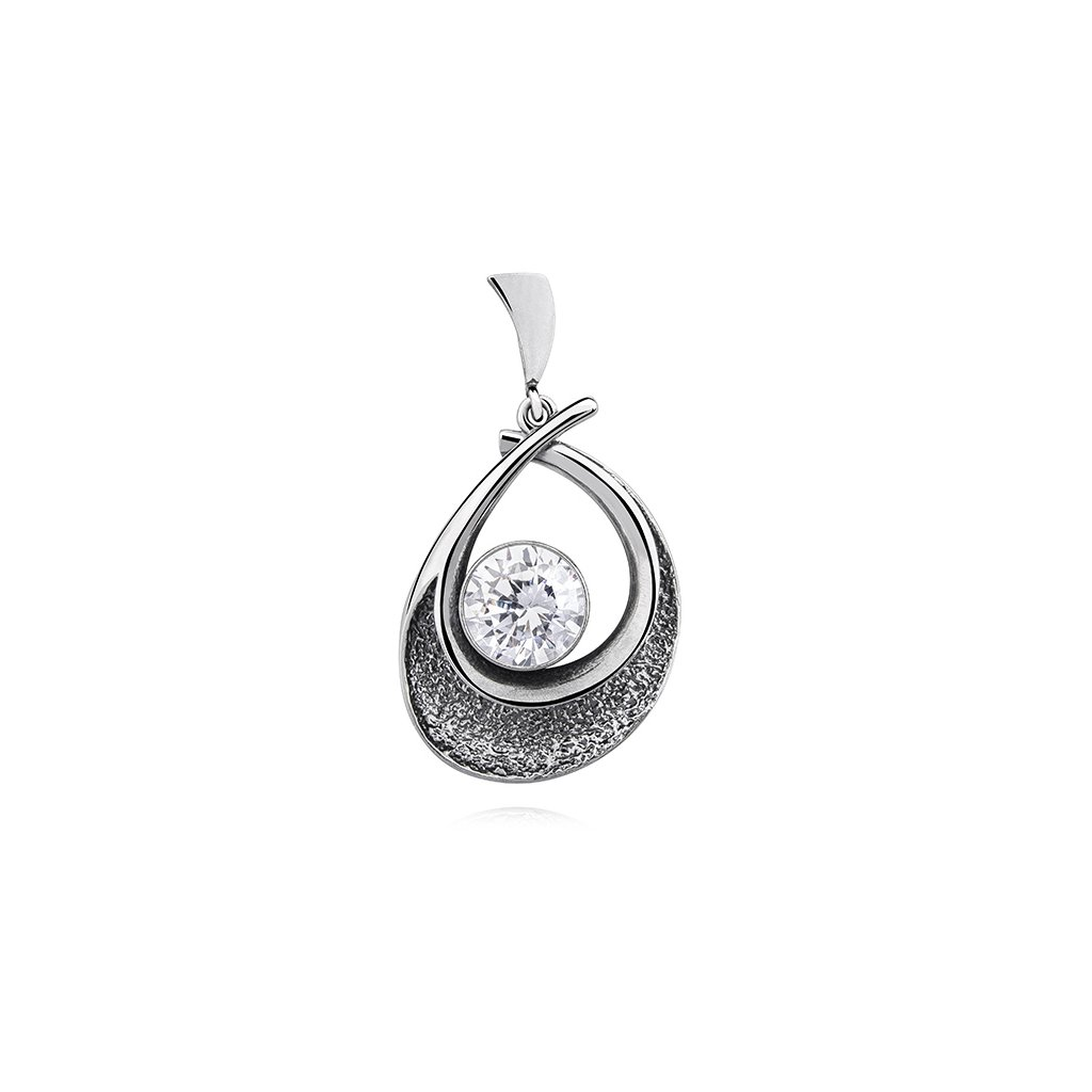 stříbrný přívěsek z oxidovaného stříbra se zirkonem