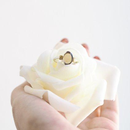 prsten s drahokamem
