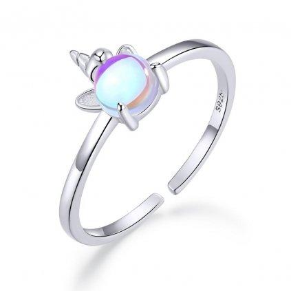 stříbrný prsten jednorožec