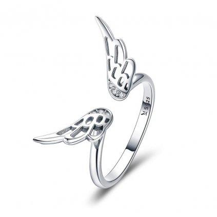 stříbrný prsten andělská křídla se zirkony