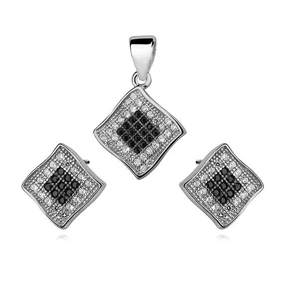 Luxusní sada - bílé a černé čtverce zářivého zirkonu