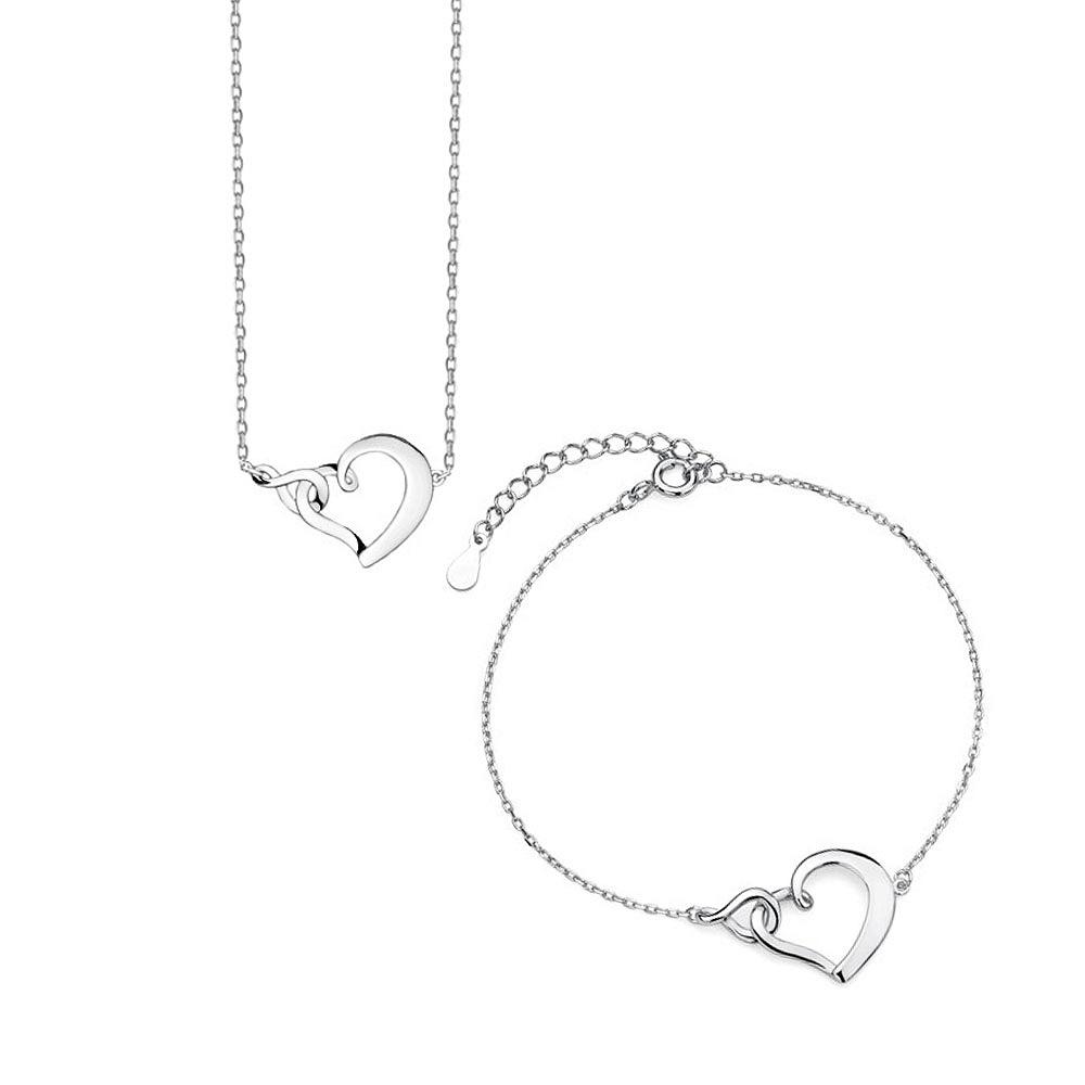 Jednoduchá sada stříbrných šperků se srdíčkem
